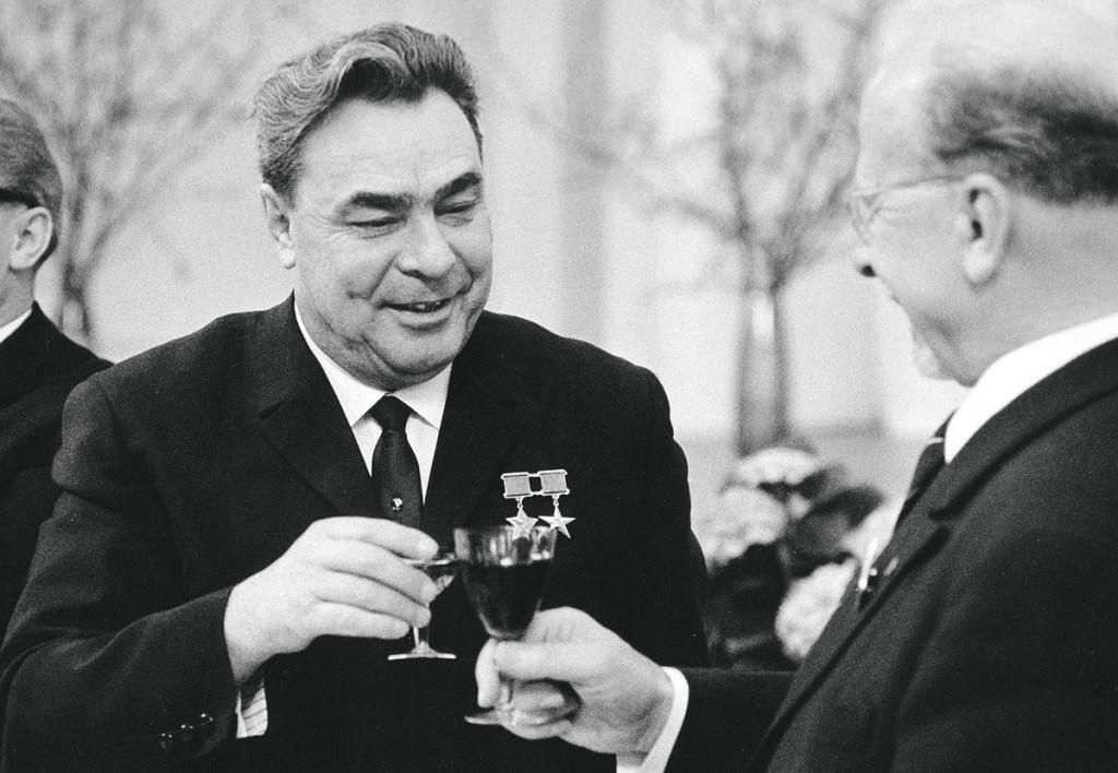 Что пил Брежнев